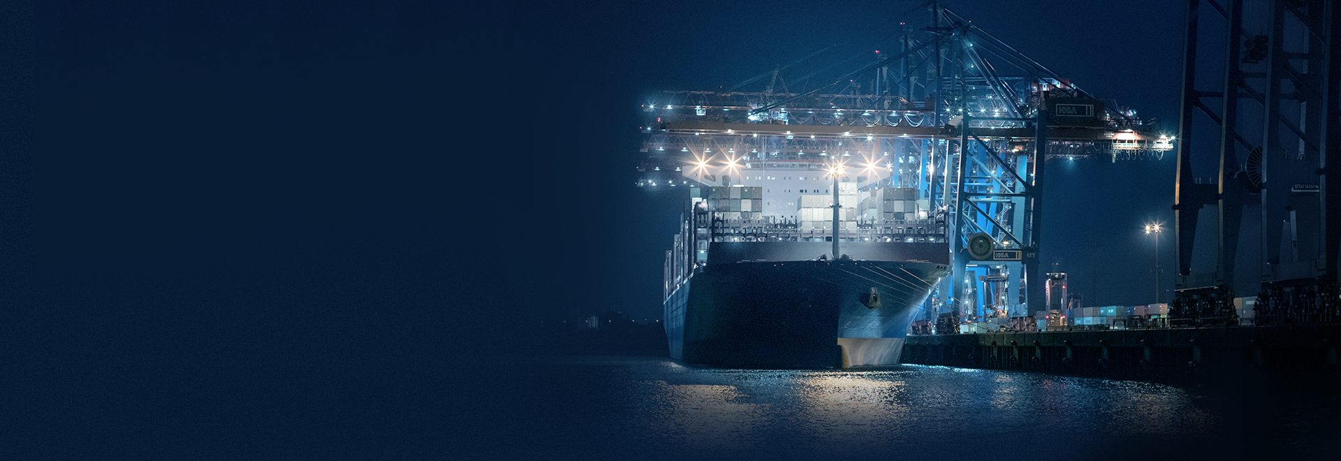 Sea freight ship and containers