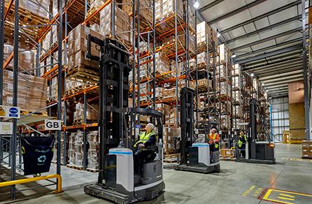 Delamode ecommerce warehouse